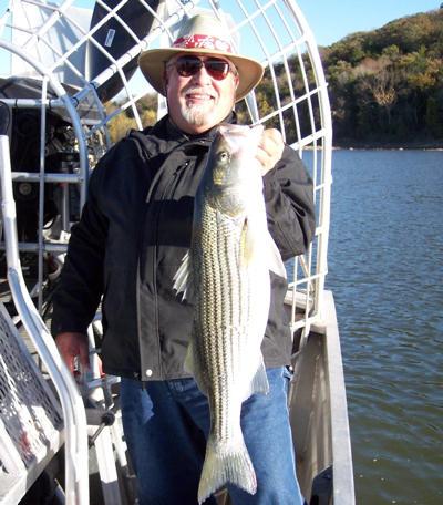Fishing report november 13 15 2007 lake texoma striper for 13 fishing tx